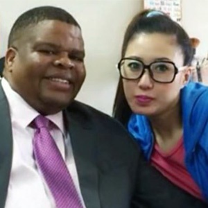 Minister of Intelligence David Mahlobo seen here with beauty therapist Wei Chelsea from the Mpumalanga spa owned by self-proclaimed rhino horn smuggler Guan Jiang Guang. (Facebook)
