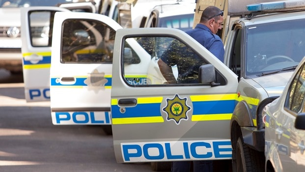 Five hurt in shootout with police.
