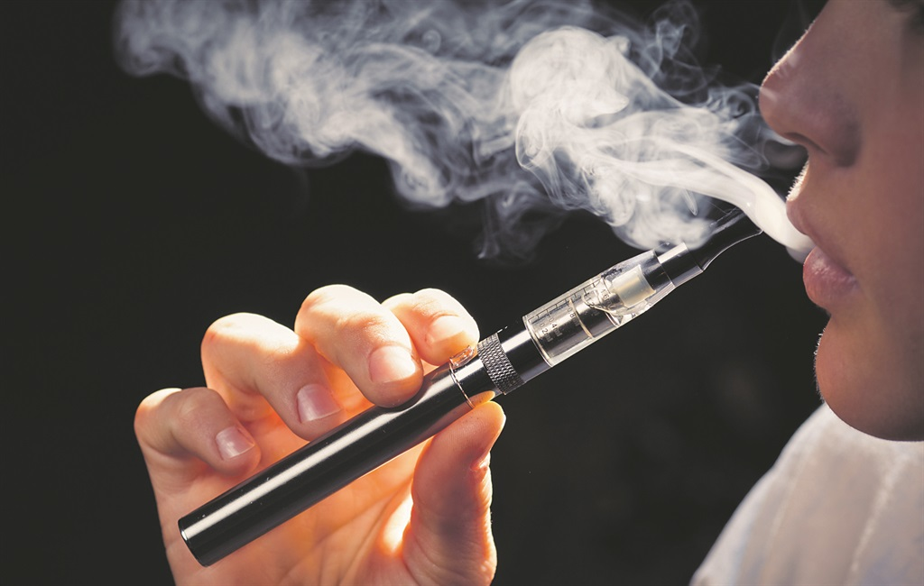 How much does R1 cigarettes cost in Canada