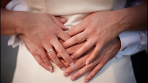 I said yes, now what? The rules for announcing your engagement