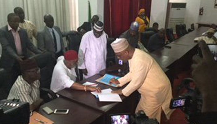 pdp national chairman aspirants sign peace accord