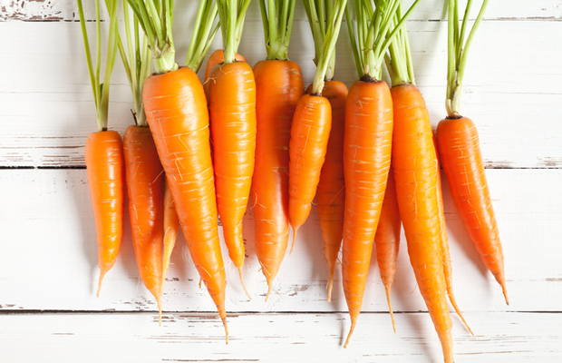 carrots, veg, healthy, nutrition, food myths, eye
