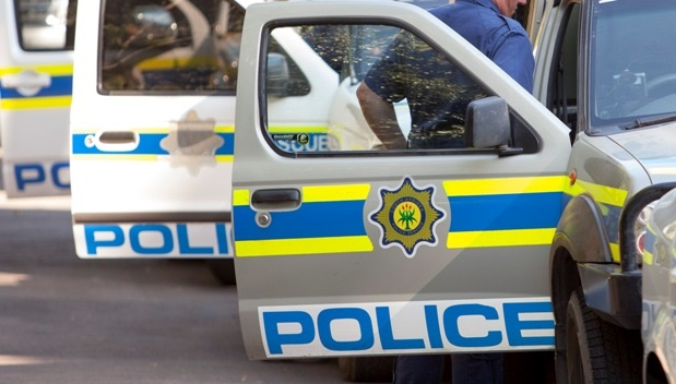Plessislaer police allegedly refused to help local DA councillor.