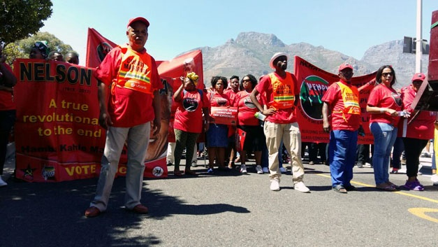 Nehawu members in Cape Town march to Parliament