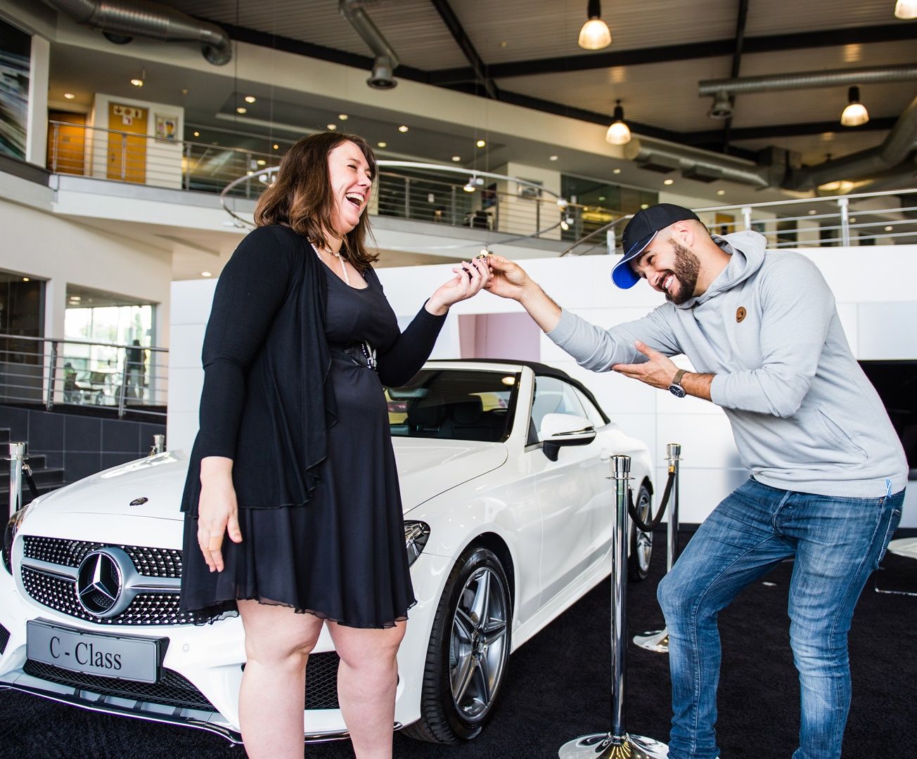 This lecturer with a heart of gold just won a new Mercedes-Benz