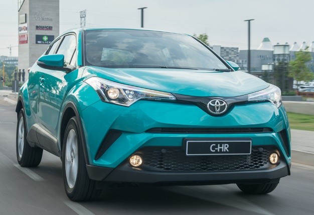 כולם חדשים Toyota shows off its new crossover C-HR in SA: Prices, details OF-83