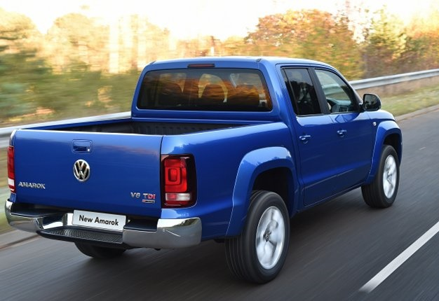 2017 vw amarok bakkie in sa prices details and gallery wheels24. Black Bedroom Furniture Sets. Home Design Ideas