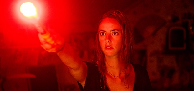 Kaya Scodelario in a scene from 'Crawl'.