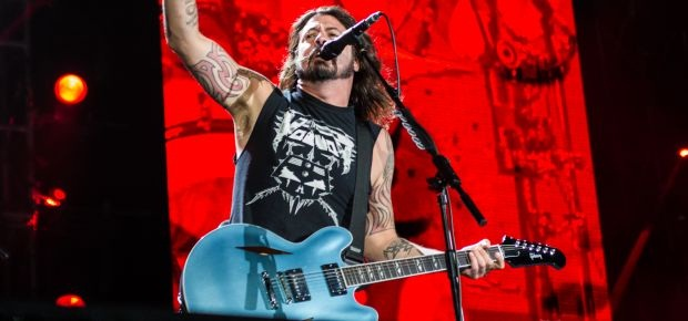 Frontman of the Foo Fighters,Dave Grohl, performs on stage at the Cape Town Stadium. (Warren Talmarkes, Channel24)