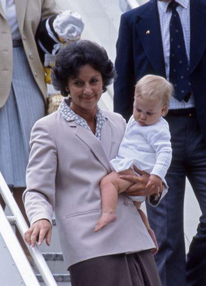 Barbara BArnes en prins William 1983