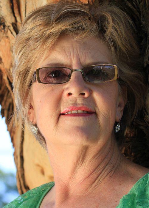 Theresa de Vries