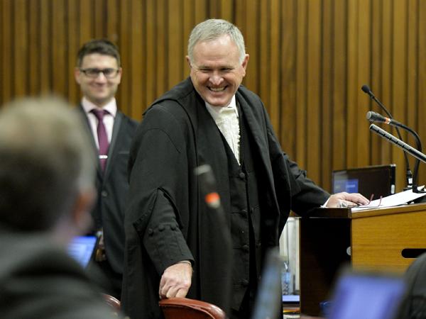 Adv. Barry Roux by Oscar Pistorius se moordverhoor op 9 Mei. (Foto: Herman Verwey/Media24/Sapa)