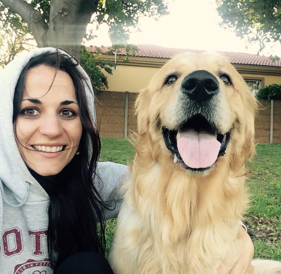 Huisgenoot-joernalis Joanie Bergh dink beslis háár hond is die heel mooiste.