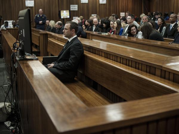 Oscar Pistorius by sy moordverhoor op 30 Junie. (Foto: Ihsaan Haffejee/EPA/Sapa)