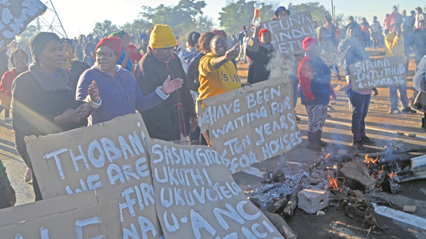 Angry Sobantu residents on Thursday morning barricaded the main entrance into the township with burning firewood and tyres.