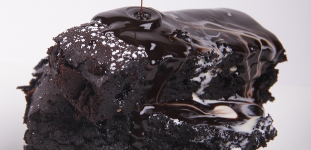 how to make chocolate biscuit cake without eggs