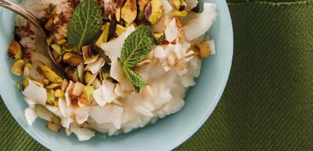 Coconut rice pudding with pistachios