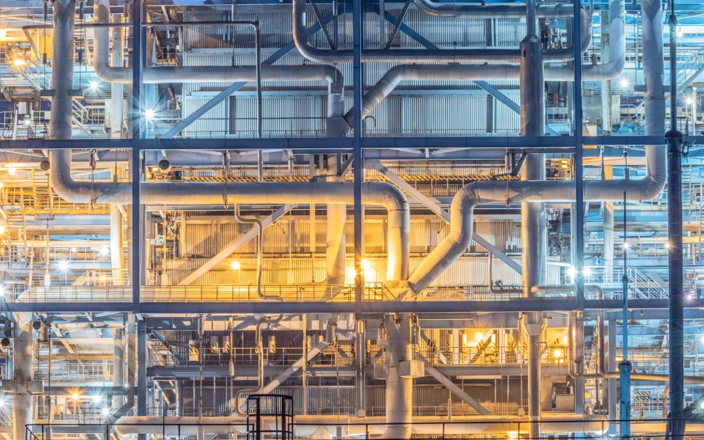 Chemical manufacturing group Omnia swings to profit - News24