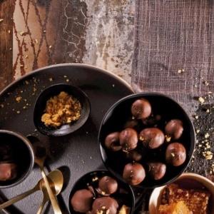 Photo: Caramel honeycomb chocolate truffles