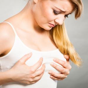 woman with nipple pain