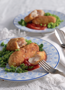 Fish fingers and minty smashed peas