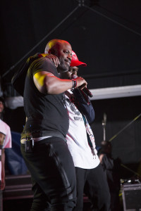 mdu-and-kwesta-during-the-kfc-on-stage-moment