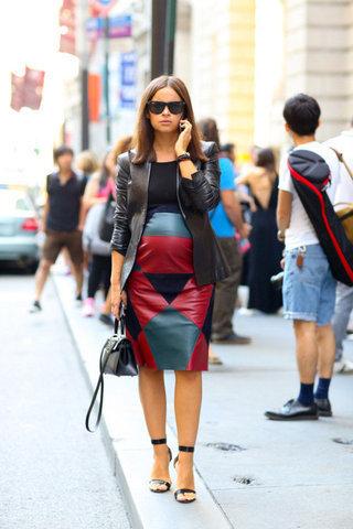 small_Fustany-Stylish_Mamas-Maternity_Street_Style_at_New_York_Fashion_Week_Spring_2015-Mira_Duma-4