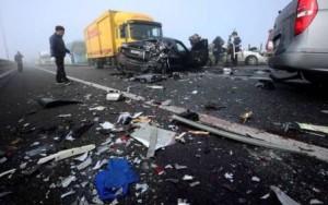 Horrific 100-car pileup in South Korea (1)