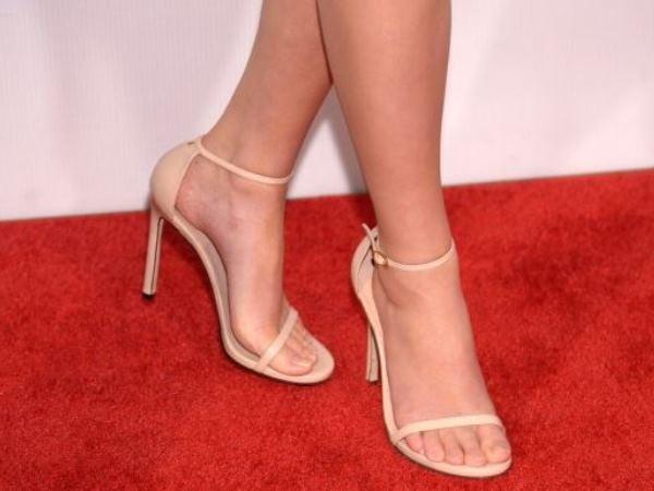 Pretty 🏆 celebrities feet with Jassita Gurung