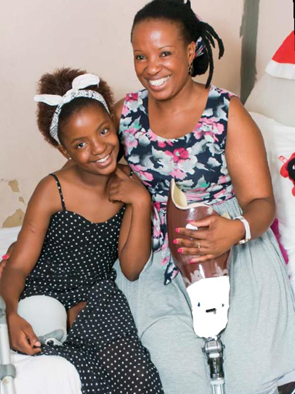 Siya Khumalo and her mom, Wendy, are very close. PHOTO: Martin de Kock