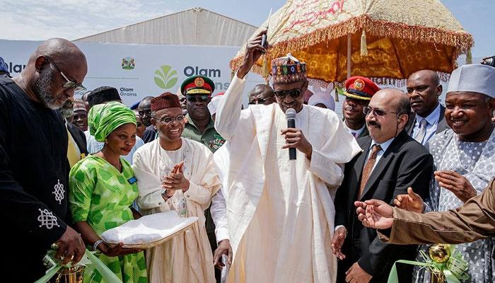 Muhammadu-Buhari-Commissions feed mill in Kaduna O