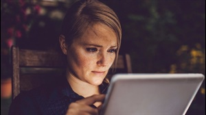 Woman discovers fiancé is cheating when Facebook suggests his wife as a friend