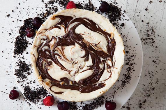 FOTO https://www.yuppiechef.com/spatula/oreo-and-nutella-cheesecake/?gclid=COzuwL7ioM4CFc8aGwodbJYGbw