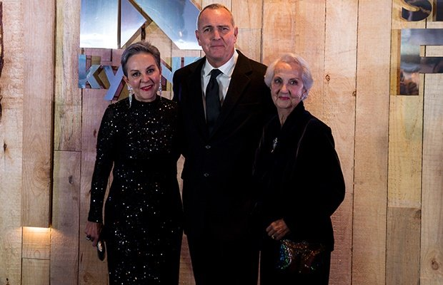 Arnold Vosloo and his family at the premiere of Gr
