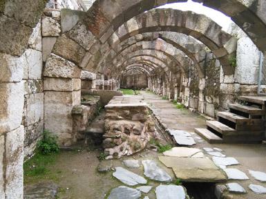 Die ruïnes by Smyrna. FOTO: verskaf