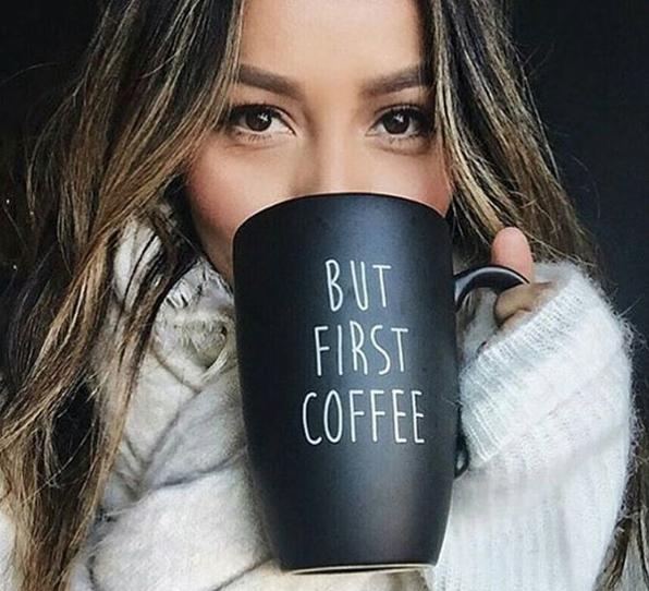 Tyd vir koffie. Foto: @julianovatoacessorios_instagram