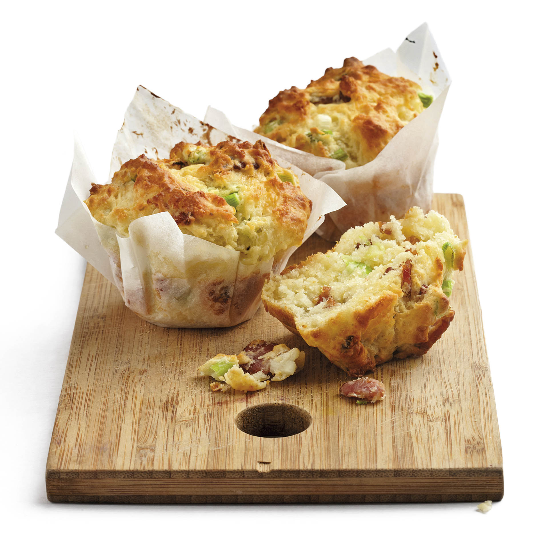 Bacon, cheese and chives muffins