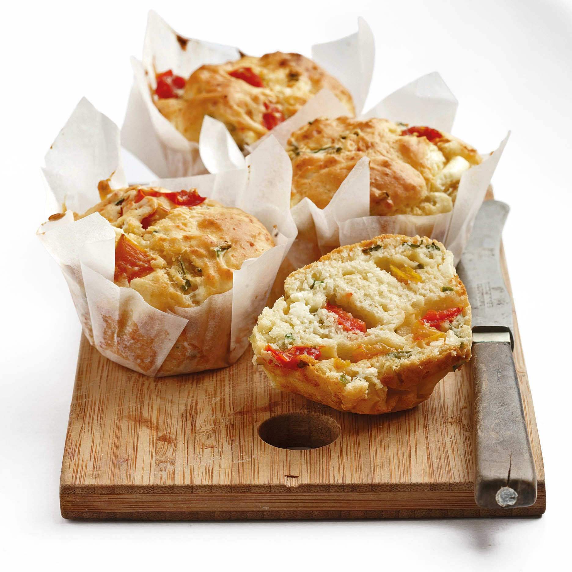 Marinated bell pepper and feta muffins