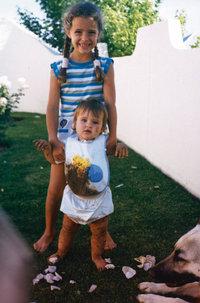 Jana en klein-sus bak modderkoekies