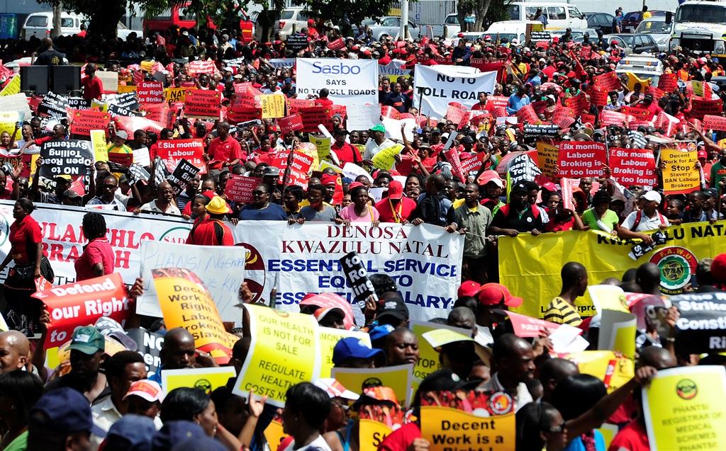 S/African workers protest against corruption, demand Zuma's resignation
