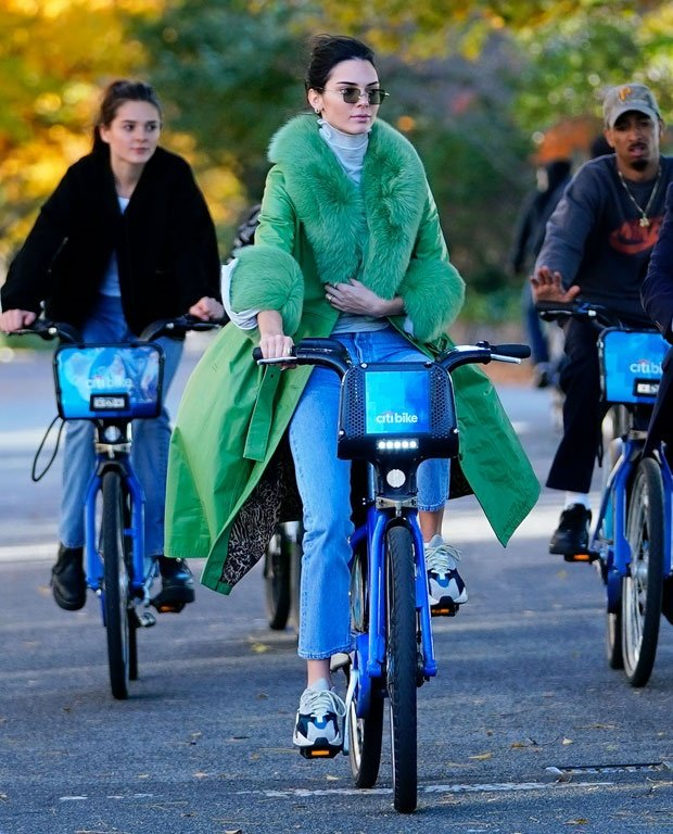 Kendall Jenner rides a bike in NYC