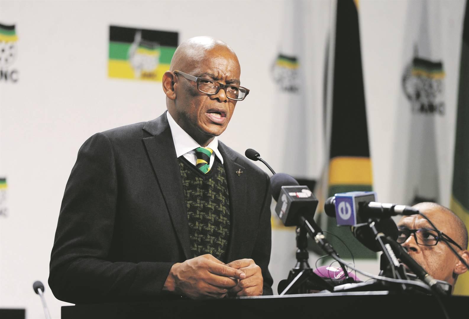 Suspended ANC secretary-general Ace Magashule addressing journalists. Photo: Jabu Kumalo