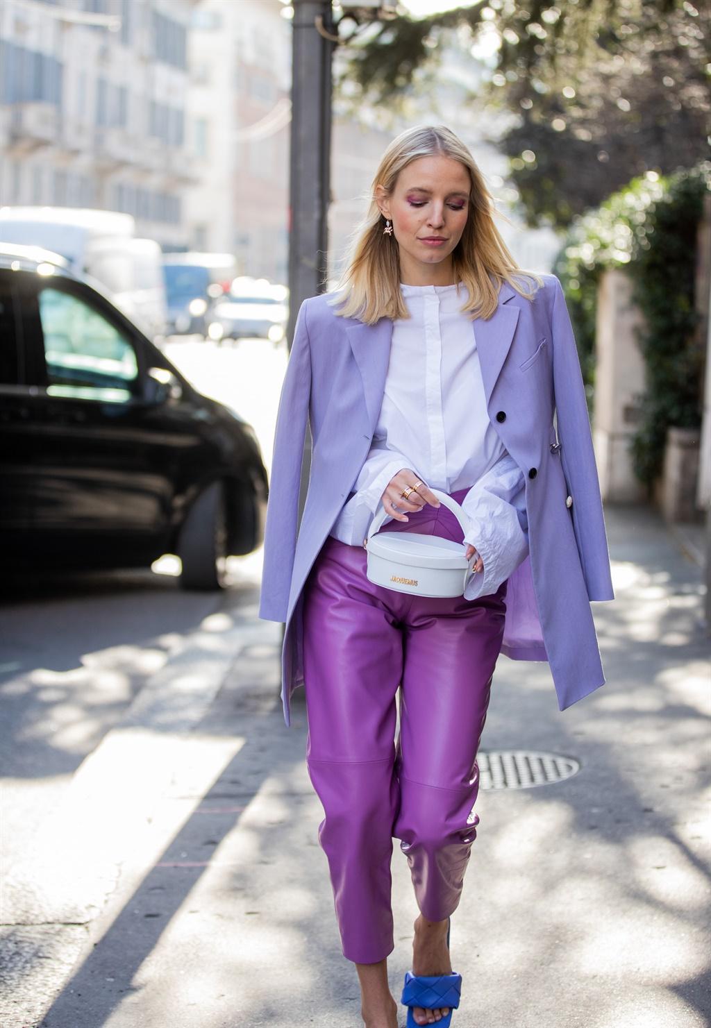 MILAN, ITALY - FEBRUARY 20: Leonie Hanne wearing p