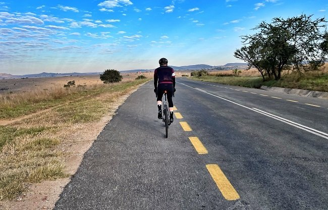 With a proper cycle lane, the Cradle is a superb riding destination in Gauteng (Photo: Ride24)