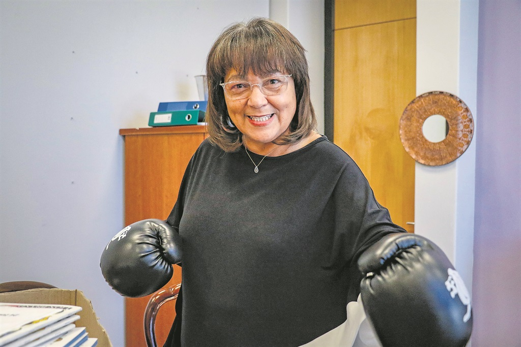 News24.com | De Lille invokes the 'Queen of England' as she spars with DA over land in Cape Town