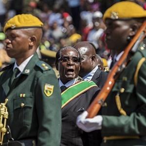 Zimbabwe President Robert Mugabe. (Jekesai Njikizana/AFP)
