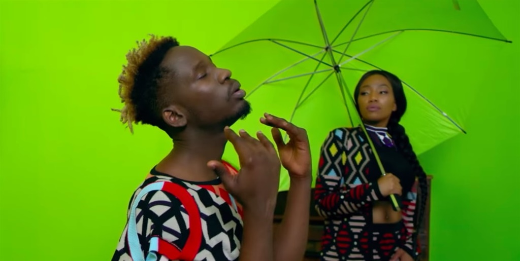mr eazi 'pour me water'