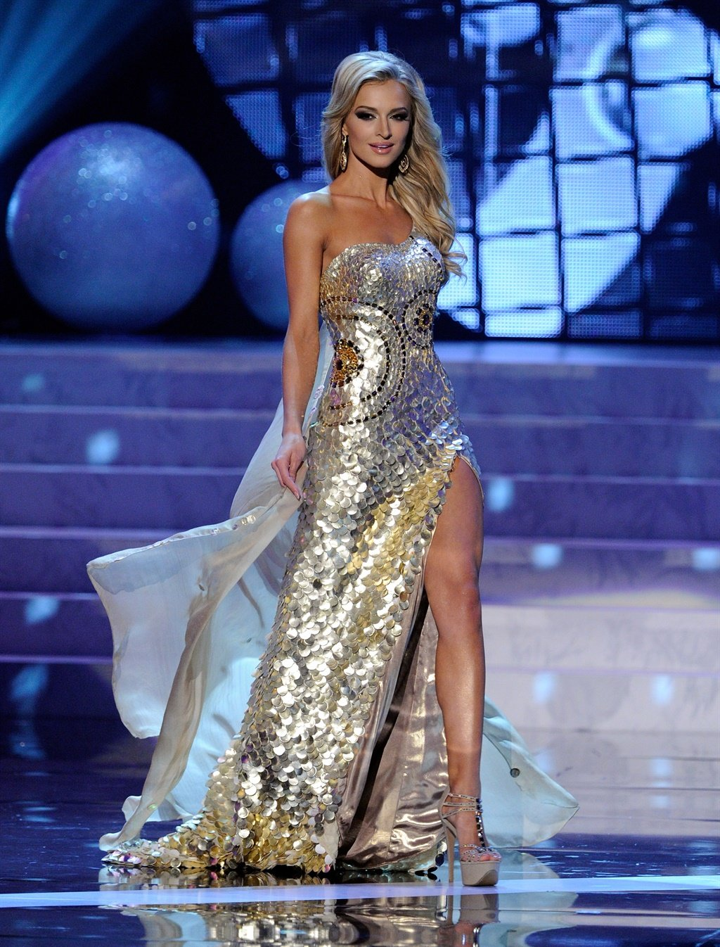Miss universe dresses images
