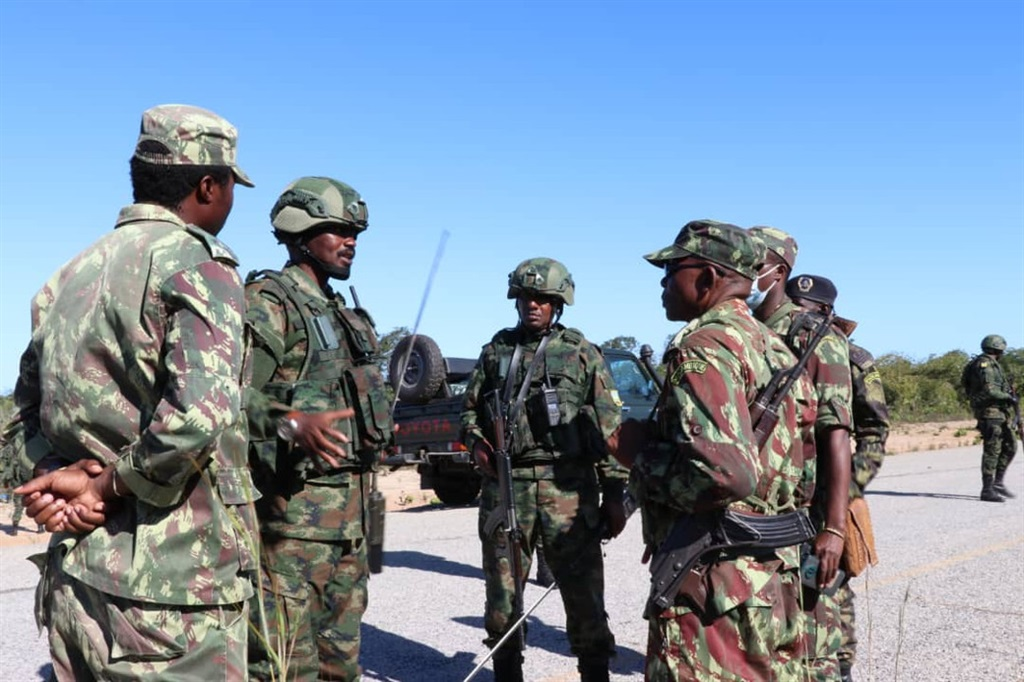 Rwanda says its soldiers have helped capture Mocímboa da Praia in Mozambique.