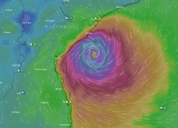 'Cyclone Idai expected to strike in Zim'-Met Department warns on destruction